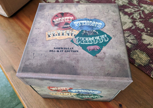 Monty Python's Flying Circus: Norwegian Blu-ray Limited Edition (Blu-ray Disc)